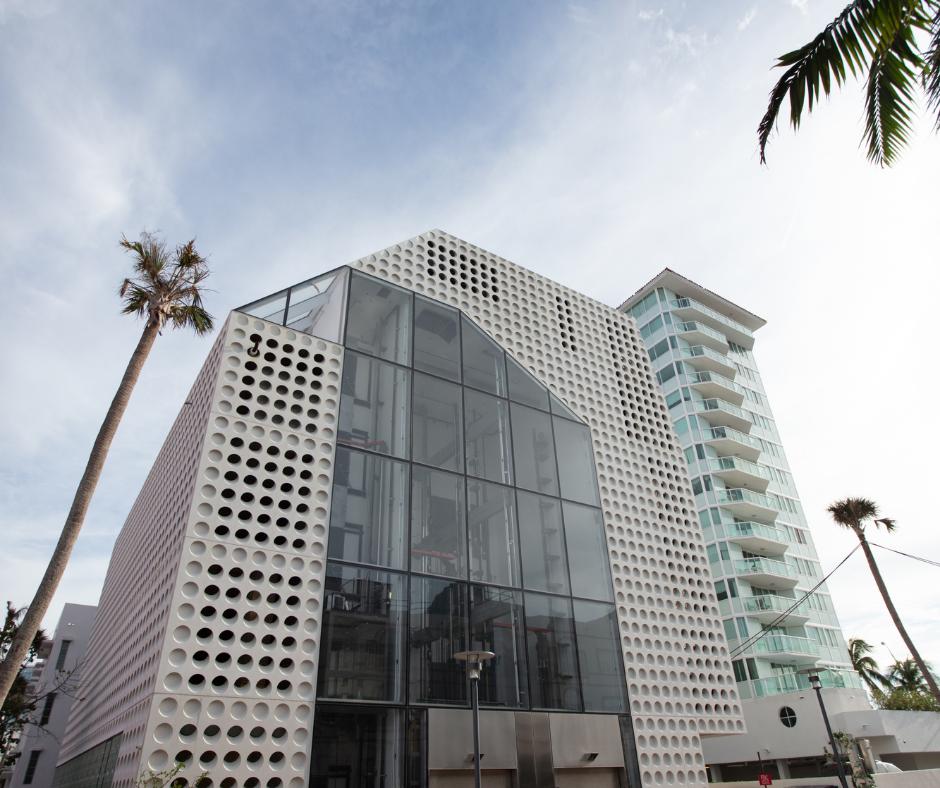 Mid Beach- hotels